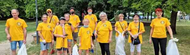 Ministri Volontari di Scientology puliscono il giardino Gerre